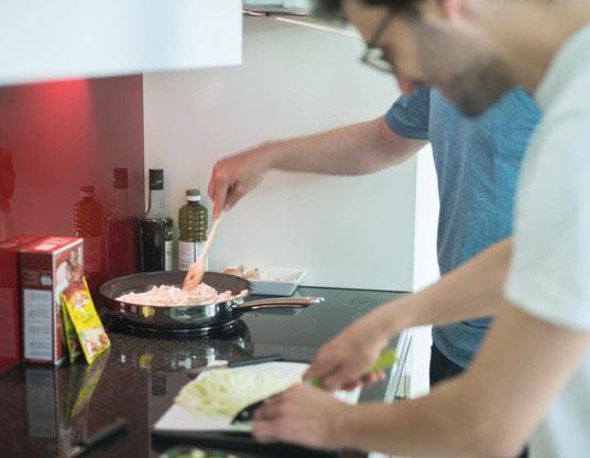Gemeinsames Kochen.